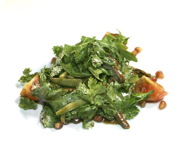 Тёплый салат с ягнёнком